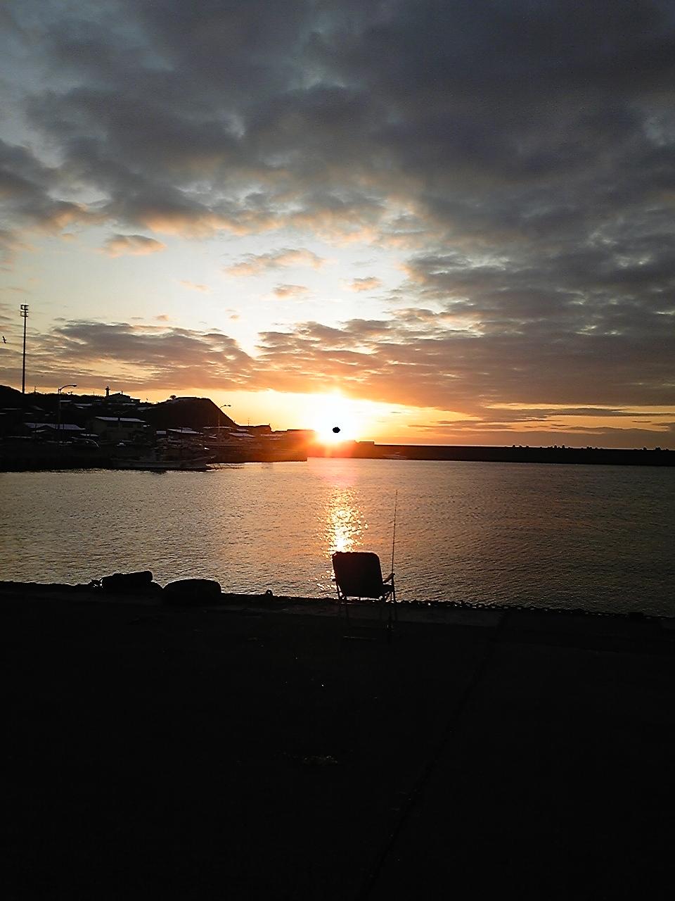 釣りバカ対決3『朝陽が目覚まし』